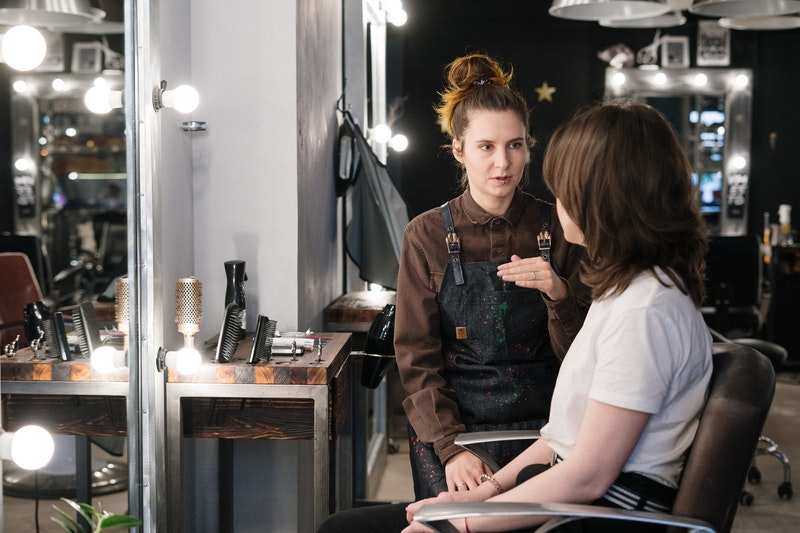 how to retain clients as a beauty professional